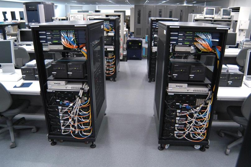 физический сервер в офисе